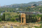 "Agrigento: Al Tempio di Giunone lo spettacolo ""Upupa. My dream is my rebel king. The Rebellion"""