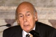 Morto a 94 anni ex Presidente francese Valery Giscard D'Estaing